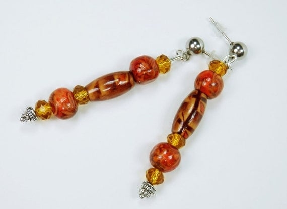 Earrings Brown yellow red with wooden beads beads on silver studs in stainless steel-wooden pendant earrings pearl earrings