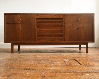 Mid Century Modern Credenza / Sideboard by Stow & Davis