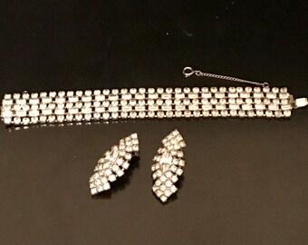 Vintage 1950s Weiss Rhinestone Bracelet  and Clip Earrings
