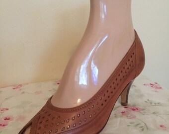 Vintage Shoe Display - Foot Form By C.S. Pierce C. Brockton, Mass. & Brazilian Vantonis Leather Shoe