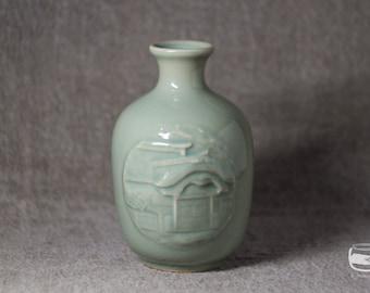 Tokkuri with Celadon glaze - sake bottle - vintage *0547