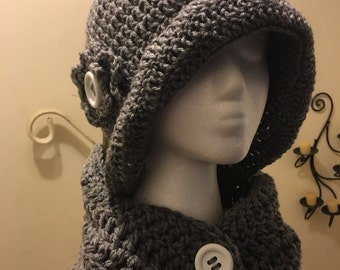 English Garnen Style Hat and Button Neckwarmer
