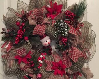 Smiley, happy Christmas wreath