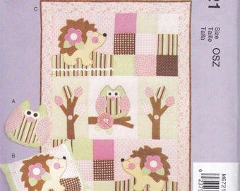 Pillow and Quilt Sewing Pattern - McCall's Sewing Pattern M6721 - New and Uncut