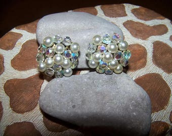 Vintage Beaded Clip Earrings, Gift for her, Japan, Beaded Jewelry, round earrings, glittery earrings, made in japan jewelry