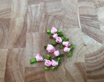 Rose Ribbon Buds