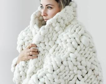 Chunky blankets, super chunky blankets, merino wool, chunky knits, giant knits