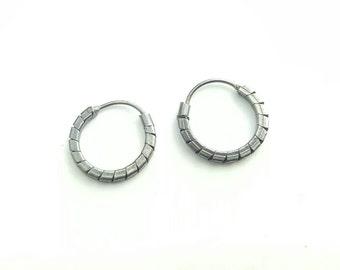 Vintage Sterling Silver Industrial Modernist Petite Hoop Earrings
