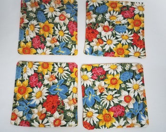 Daisies Set of 4  Reversible Quilted Beverage Coasters