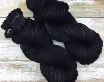 Frothy Bulky Weight | Hand Dyed Yarn | Superwash Merino Wool | 100 g. | Jet Black