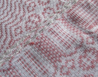 table cloth, hand woven, pink cloth, white, orlec, tissage