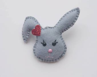 Felt Bunny brooch, Bunny brooch, Rabbit brooch, Felt rabbit brooch