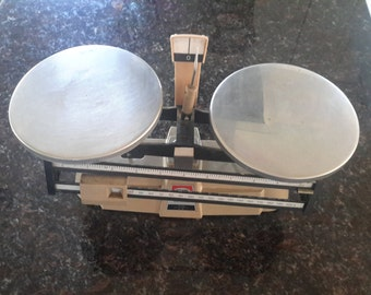 Vintage Trip Balance Scale by Ohaus