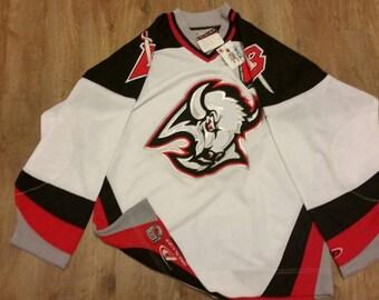 Buffalo sabers jersey,pro player jersey,NEW, NWT, Large, NHL jersey