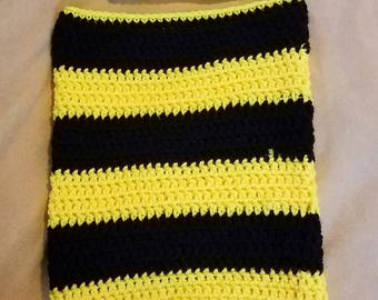 Bumble bee newborn cocoon and hat - crochet baby cocoon - bumble bee baby crochet  - handmade baby wrap