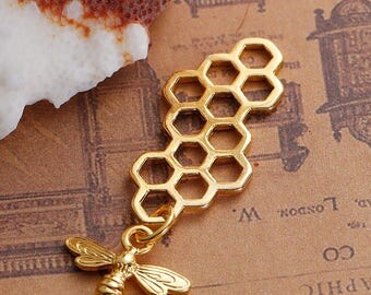 Gold Plate Honeycomb Pendant with Gold Plate Bee Dangle (1059)
