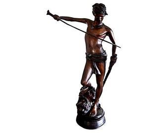 Sculpture of David & Goliath