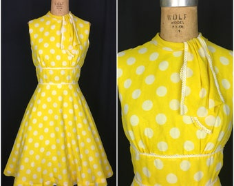1950s 1960s Yellow White Polka Dot Sleeveless Day Dress 50s 60s Fit and Flare Style Pinup Dress with Neck Ties and Circle Skirt