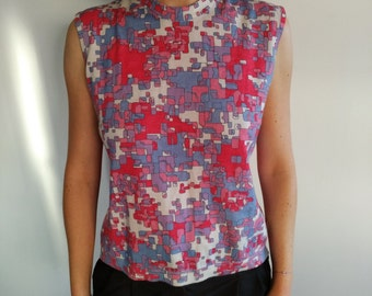 Sweater knit sleeveless mark PEEK & CLOPPENBURG colors pink, purple and pastel blue round neck size 38-40
