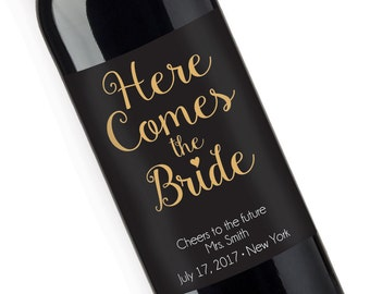 Here Comes The Bride Bubbly Personalized Wine Label -  Bridal Shower Gift (JM2931-2)