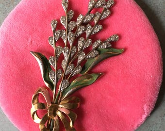 Beautiful well loved vintage flower brooch
