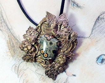 Bronze pendant, vegetal-floral style with a  pink & green ocean jasper, On order I can make a great necklace with turmalin+bronze beads