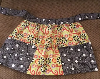 Little Girls apron for crayons
