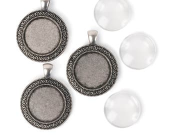 22mm Round pendants with decorated trim