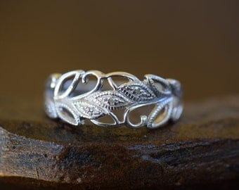 Sweet Diamond Accent Leaf Silver 925 Band, US Ring Size 10.0, Used