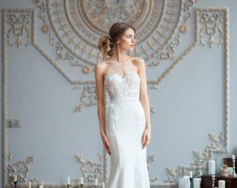 Kristin / Mermaid wedding dress / Sexy wedding dress / Low neck / Boned