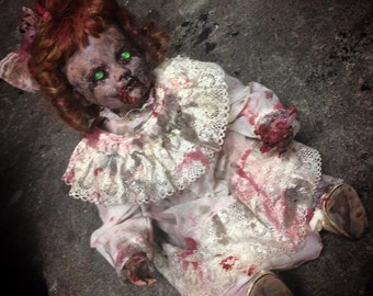 Horror Art Possessed Creepy Evil Reborn Dead Doll Horreur Halloween Decor