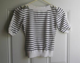 Black & White Short Sleeve Pullover Top by Joseph A, Size Small