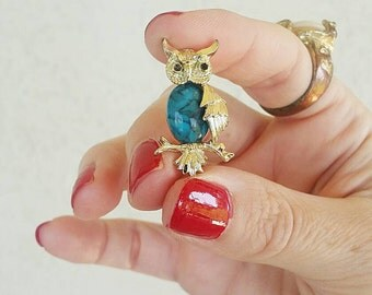Vintage Gerry's Owl Turquoise Cabochon Brooch