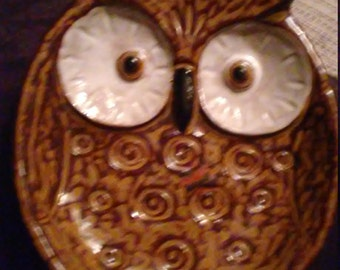 Vintage Pottery Owl Ornamental Dish