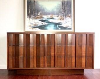 SOLD    Mid Century Modern Lane dresser/credenza/buffet