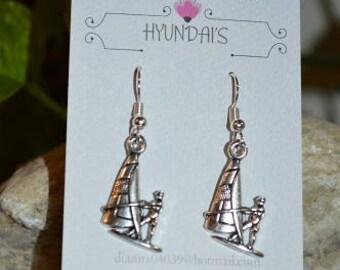Jewelry by Hyundai's sail boat