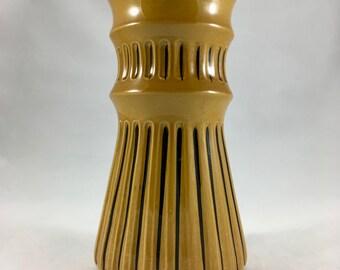 Gothic 33 vase