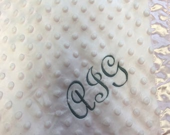 FREE SHIPPING Cuddle Fleece/Satin Embroidered Baby Blanket
