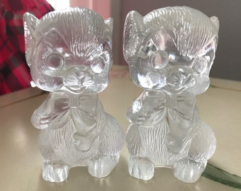 Adorable vintage plastic Mice Salt and Pepper Shakers