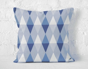 Pillow case BLUE TRIANGLES
