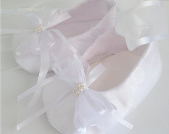 baby shoes for christening