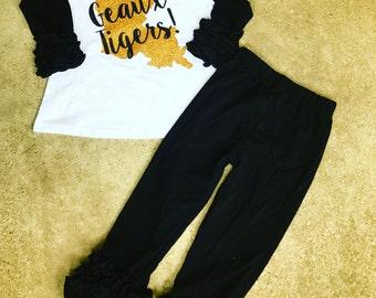 Black and Gold Geaux Tigers LSU SEC outfit. Saints NFL ruffle raglan w pants. Girls, babies & toddler Louisiana set.