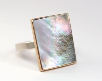 Ring Perlmutt Gold gefasst Silber 925 Unikat Schmuckdesign hand made in Germany