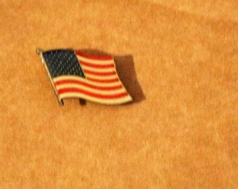 Vintage New American Flag Hat/Lapel Pin