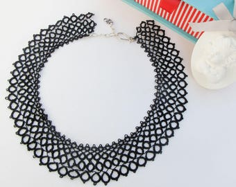 Black Lace Necklace, Black Statement Collar, Victorian Necklace, Tatting Jewelry, Bib Style Necklace, Black jewelry, Frivolite Jewelry