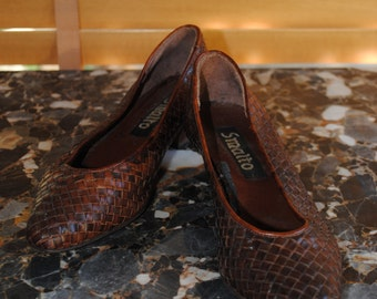 """Shoes braided leather of the brand """"Smalto"""""""