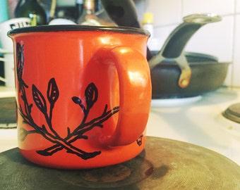 Enamel coffee mug, hand painted roses cup, emaljmug, emaljkopp