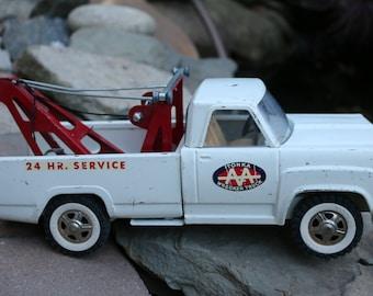 Tonka AA Wrecker tow Truck
