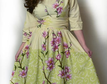 Size 14 vintage style ladies dress with flower design