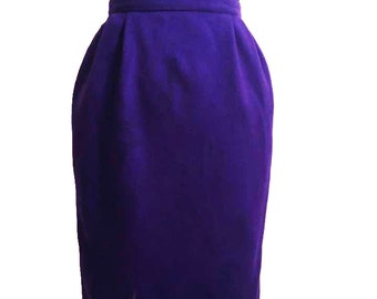 CLEARANCE: Neiman Marcus, Vintage 1990's Plum Pocketed Wool Pencil Skirt, Winter Fashion, Autumn Fashion / Autumn Skirts / Clearance